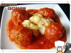 Meatballs in tomato sauce My Recipes, Italian Recipes, Mexican Food Recipes, Cooking Recipes, Ethnic Recipes, Italian Foods, Recipies, Albondigas, Spanish Food