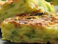 Invisible cake with zucchini and parmesan - Patio'nnement kitchen No Salt Recipes, Veggie Recipes, Vegetarian Recipes, Healthy Recipes, Cooking Fails, Easy Cooking, Cooking Recipes, Chorizo, Good Food