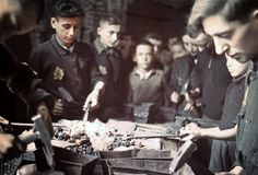 Life at The Lodz Ghetto in 1943