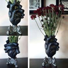 Anatomical Heart Vase (Black)