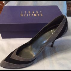 "Stuart Weitzman charcoal suede ""Stitchup"" Pump 100% authentic Stuart Weitzman charcoal suede ""Stitchup"" pump with 3"" heel.  Size 9W  Excellent condition with no scuffs on the suede and normal wear on the soles.  Made in Spain.  Style #BW37583   Original box and packaging included. No trades. Stuart Weitzman Shoes"