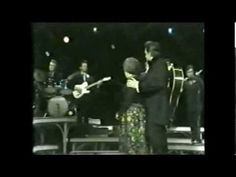 Johnny Cash & her three daughters sing this beautiful tribute to Mother Maybelle on The Johnny Cash Show Country Musicians, Country Music Singers, Education Architecture, Architecture Art, Johnny Cash Show, John Cash, Johnny Cash June Carter, Carter Family, Three Daughters