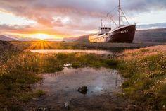 Anchoring Forever Taken on August 5, 2016 Patreksfjordur Airport, Vestur-Bardastrandarsysla, Iceland Canon EOS 700D Fabian F_ https://flic.kr/p/RCd1Mq