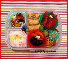 The Lucky Lunchbox/ pizza rolls theluckylunch@blogspot.com