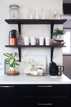 Kitchen shelves styled for Spring with watercolour painting and a coffee station. Coffee Station Kitchen, Coffee Bar Home, Home Coffee Stations, Coffee Shop, Coffee Maker, Coffee Corner, Eclectic Kitchen, Kitchen Decor, Kitchen Design