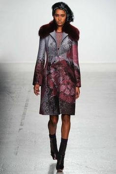 John Galliano Fall 2014 Ready-to-Wear Collection Slideshow on Style.com