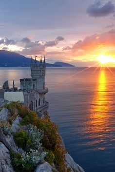 The Swallow's Nest Castle in Crimea, Ukraine (by Sergey Shulga).