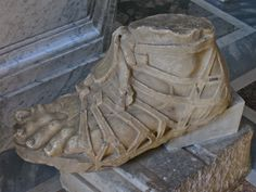 Sculpture of a foot seen in the Vatican Museum in Rome, Italy. I'd guess this is a fragment of a now lost sculpture. Roman Clothes, Roman Sandals, Roman Sculpture, Roman Soldiers, Handmade Leather Shoes, Roman Art, Shoe Art, Medieval Art, Ancient Rome