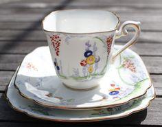 Standard bone china, Chapmans Longton Ltd, Art Nouveau style Tea for One Se