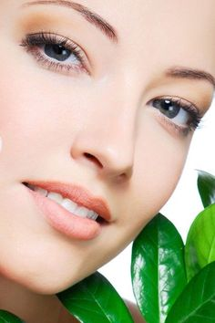 Cosmetic And Organic Face Care Hints From Beauty Experts That Will Help You Look Your Optimum