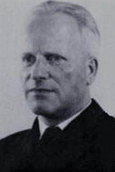 Fregattenkapitän Hans Dominik (1906-1980), Chef 9. Torpedobootflottille, Ritterkreuz 28.12.1944