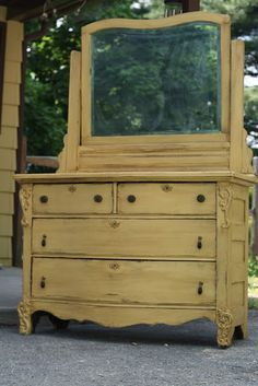 General Finishes Milk Paint - Somerset Gold and General Finishes Glaze Effects - Van Dyke Brown