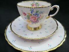 Pretty Chintz style Tuscan china tea trio