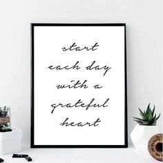 Start Each Day with A Grateful Heart Print // Minimalist //