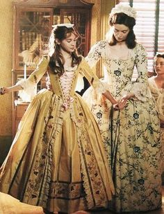 I positively love the costumes from American Girl movies! 18th Century Dress, 18th Century Clothing, 18th Century Fashion, Rococo Fashion, Victorian Fashion, Vintage Fashion, Style Fashion, Historical Costume, Historical Clothing
