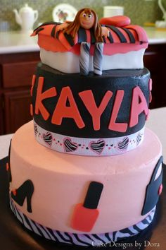 Kayla's Slumber Party cake