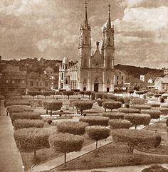 PORTO ALEGRE - Uma História Fotográfica