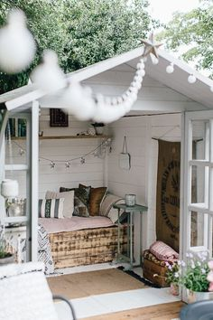 60 Best Summer House Interiors Images In 2020 Summer House Summer House Interiors House