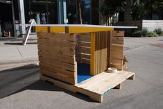 doghouse out of pallets