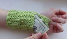 crochet wallet wrist