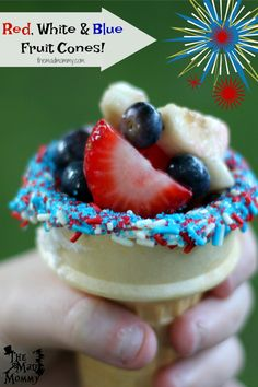 These Red, White and Blue Fruit Cones are the perfect, and reasonably healthy, summertime treat! Healthy Sweet Treats, Healthy Desserts, Delicious Desserts, Fruit Cones, Fun Food, Good Food, Backyard Birthday Parties, Apple Pie Bites, Fruit Birthday