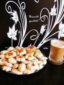 Ce a mai gatit Timea...: Biscuiti spritati Place Card Holders, Sweets, Blog, Gummi Candy, Candy, Goodies, Blogging, Treats, Deserts