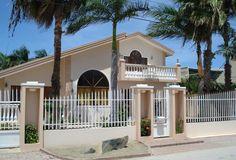Tropical Dream ligt op slechts 2 minuten rijden van een van de mooiste stranden ter wereld en natuurlijk van Aruba zelf; Eagle Beach. Op dit strand waant u zich in een tropisch paradijs. Tijdens uw vakantie in Tropical Dream kunt u in een rustige omgeving tot uzelf komen, met op korte afstand diverse bezienswaardigheden.  - See more at: http://vakantienaar.eu/t-Tropical+Dream/Aruba/Aruba/Eagle+Beach#sthash.qDlNFvjt.dpuf