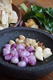 Diah Didi's Kitchen: Gudeg Yogya... Buatan Sendiri..Komplet..Plus Step By Step Cara Pembuatannya...^^ Indonesian Food, Indonesian Recipes, Recipe Steps, Asian Recipes, Food And Drink, Menu, Potatoes, Vegetables, Cooking