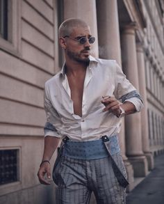 Queer Fashion, Fashion Outfits, Maluma Style, Portrait Photography Men, Stylish Mens Outfits, Best Mens Fashion, Mens Clothing Styles, Ideias Fashion, Street Wear