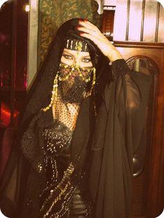 Haifa Wehbe - Slipp by House of Fatale - Slipp. Haifa Wehbe, Arabian Women, Arabian Beauty, Mode Bollywood, Face Jewellery, Hijab Style, Arab Fashion, Look Boho, Oriental Fashion