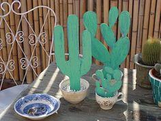 Cactus de madera Wood Yard Art, Metal Yard Art, Deco Cactus, Paper Mache Mask, Summer Diy, Metallic Paint, Craft Work, Wind Chimes, Wood Crafts