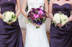 Stunning Purple Fall Wedding in St. Louis | Images by Lisa Dolan Photography | Via Modernly Wed | 08