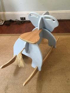 Best Indoor Garden Ideas for 2020 - Modern Wooden Crafts, Diy Wood Projects, Rocking Horse Plans, Wood Creations, Baby Furniture, Wooden Furniture, Furniture Ideas, Furniture Design, Wood Toys