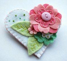 blue flower beaded and embroidered felt heart Felt Flowers, Fabric Flowers, Fabric Crafts, Sewing Crafts, Felt Embroidery, Felt Brooch, Wool Applique, Felt Fabric, Felt Diy
