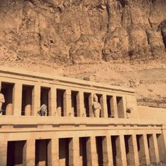 Hatshepsut 16