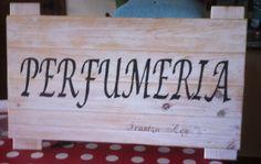 Cartel de madera.