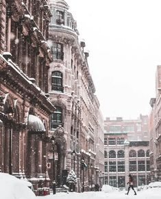 Snowy street in Montreal - Architecture and Urban Living - Modern and Historical Buildings - City Planning - Travel Photography Destinations - Amazing Beautiful Places Montreal Ville, Montreal Quebec, Quebec City, Winter Photography, Nature Photography, Travel Photography, Honeymoon Around The World, Destinations, City Aesthetic