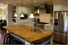 44 Reclaimed Wood Rustic Countertop Ideas 26