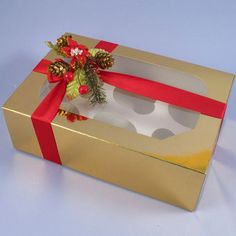 Pack Of 2 Gold 6 Cavity Cupcake Boxes With Clear Window Lids & Inserts