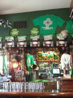 Murphy's Grand Irish Pub is another Irish classic in Alexandria.