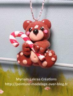 Décoration de sapin ours (christmas ornament) - Pâte polymère Fimo (polymer clay) - 2014 - Myriam Lakraa Créations