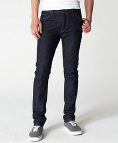 Men's jeans from Levi's® include all of the iconic styles you know and love, but with updated, modern fits. Browse the selection of denim jeans for men in various fits and styles. Levis Skinny Jeans, Super Skinny Jeans, Gentleman's Wardrobe, Mens Essentials, Stretch Jeans, Black Jeans, Menswear, My Style, Kisses