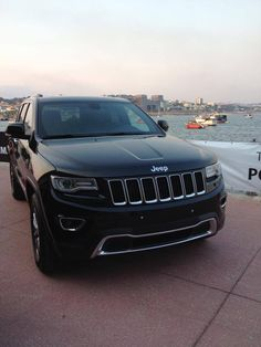 Jeep Grand Cherokee ... My newest obsession!!