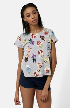 Free shipping and returns on Topshop Disney Villains Pajama Set at Nordstrom.com. Ursula, Jafar, and the Cheshire Cat are among the rogue gallery of Disney baddies featured on a short-sleeve sleep tee cut from heathered cotton. Leggy shorts in solid navy complete the comfy PJ set.