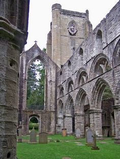 Dunkeld Cathedral Graveyard