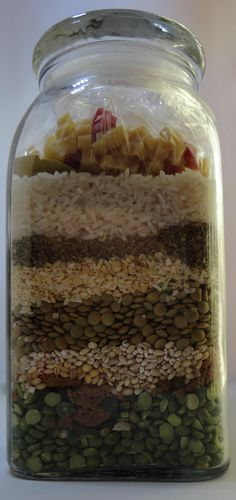 """Razorback Pasta added into a Dry Soup in a Jar Mix to make """"Woo Pig Soupie"""" to give to our friends. How to make Dry Soup Mix Directions with pictures. Dry Soup Mix, Soup Mixes, Spice Mixes, Mason Jar Meals, Meals In A Jar, Jar Gifts, Food Gifts, Jar Recipes, Vegan Recipes"""