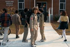 A Stranger Things Super Bowl spot offers a tease of season two! Netflix has brought online the new Stranger Things Super Bowl spot, which gives us our. Stranger Things Fotos, Stranger Things Season Two, Strange Things Season 2, Lucas Stranger Things, Ghostbusters, Teaser, Super Bowl, Charlie Heaton, Sheila