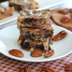 Salted Caramel Pecan Blondies – Low Carb and Gluten-Free