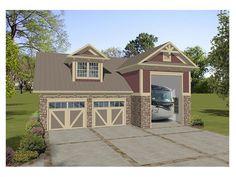 007G-0012: 3-Car Garage Apartment Features an RV Bay