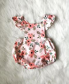 This beautiful vintage inspired romper features a super sweet pink floral design and is the perfect shade of pink for Valentines Day or Easter!You searched for: little one rompers!, Come across a very large number hand made, vintage, and distinct ite Baby Outfits, Kids Outfits, Toddler Outfits, Toddler Girls, Baby Girl Romper, Baby Dress, Romper Outfit, Outfit Beach, Outfit Summer